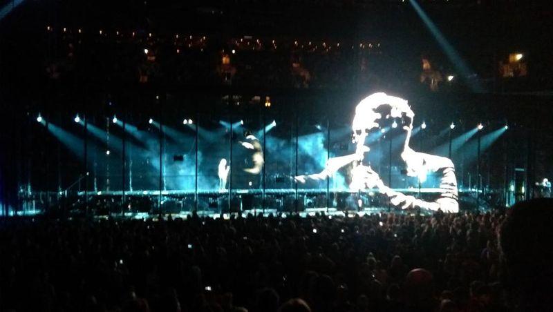 U2 SOI&E photo 1