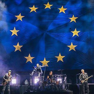 U2 UE Flag