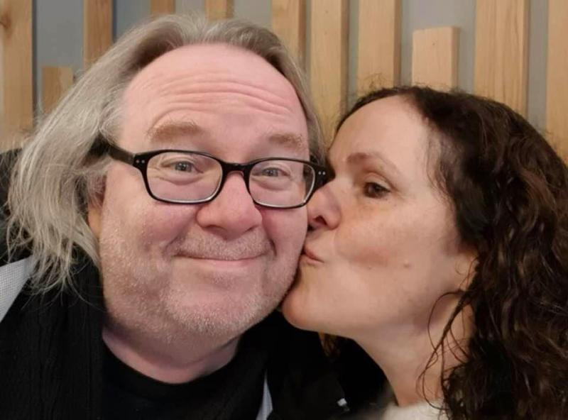 Janice kisses Me