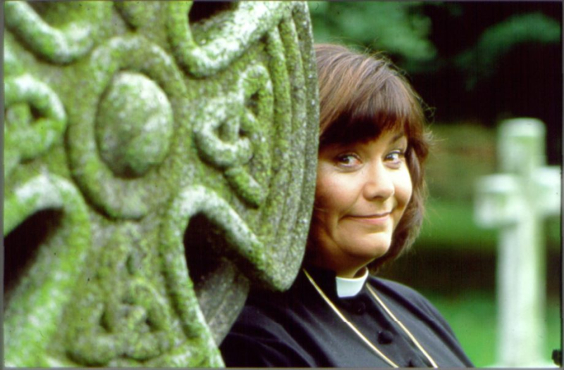 Vicar-Of-Dibley-Series-One-08-920x605